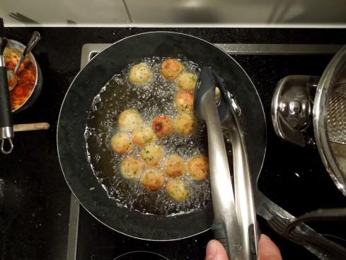Frittierte Falafelkugeln