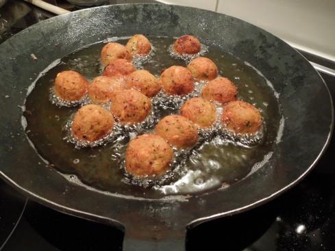 Gelberbsen-Falafel