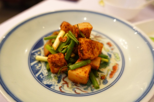 free-range chicken cubes with doubanjian fermented broad-bean-chili-paste